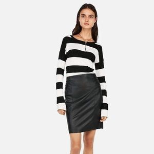 High Waisted Faux Leather Pleated Pencil Skirt
